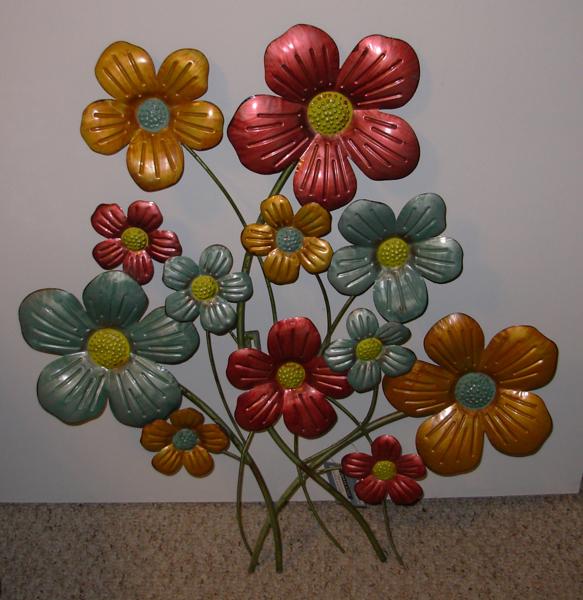 Free metal flower wall art indoor outdoor garden for Outdoor wall flowers