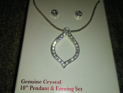 "Genuine Crystal 18"" Pendant & Earring Set"