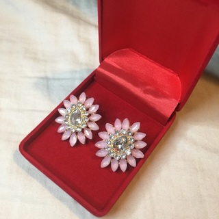 Beautiful Flower Designed Earrings