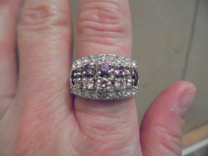 Pretty Ring Marked 14 kt