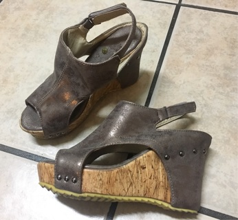 Womens Wedges Size 7.5