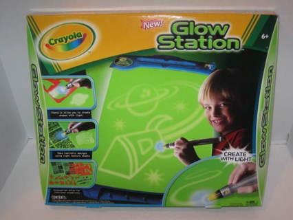 crayola glow station instructions