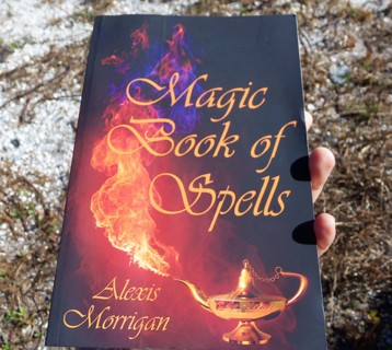 MAGICK BOOK OF SPELLS ☽✪☾ Wicca Witchcraft Pagan ~ FREE SHIPPING