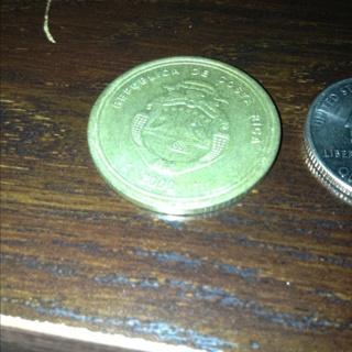 100 Colones Costa Rica Coin