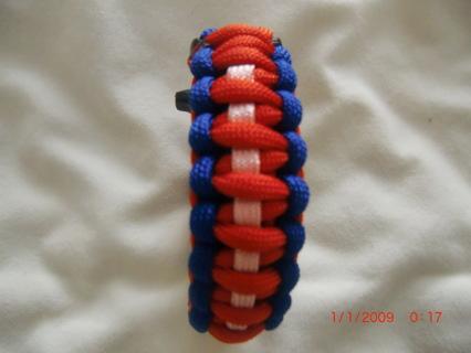Outdoor Climbing Harnesses Escape Survivalal Whistle Bracelet Red, White & Blue