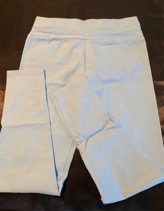 Sky Blue Cropped Ankle Pants  Size Small