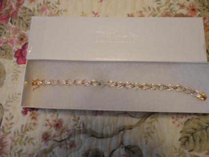 GORGEOUS GENUINE DIAMOND ACCENT STERLING SILVER & 18kt GOLD PLATED TENNIS BRACELET!!!