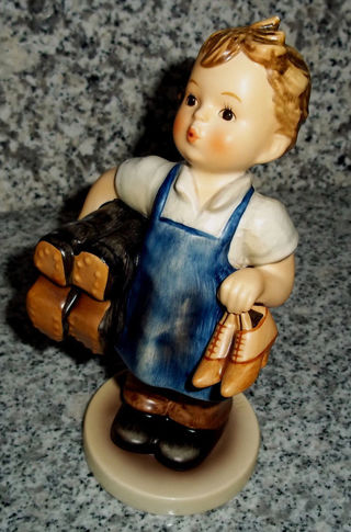 "RARE Hummel Figurine Hum 143/1 ""Meister Important Bottines"" tmk 6. 6 1/2 tall"