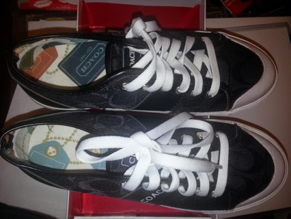 COACH WOMEN'S SNEAKERS SIZE 6 NEW IN BOX (FREE SHIPPING WITHOUT BOX)