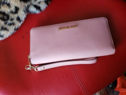 New Authentic Micheal Kors Pink Wallet