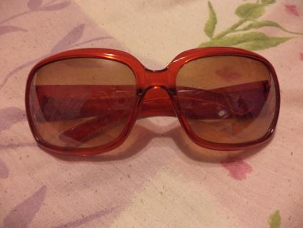 red sunglasses(please read description)