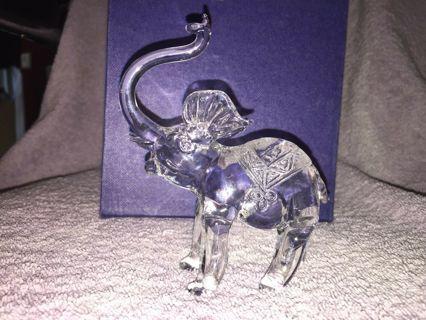 Beautiful Roaring Glass Ringling Brothers Circus Style Elephant Art Piece ok9