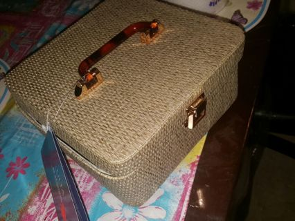 After Christmas womans mystery beauty auction don't miss out tons of goodies!!!!!