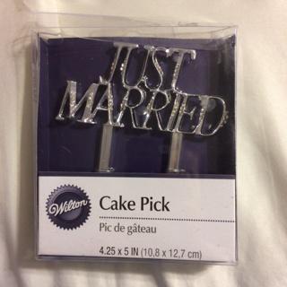 WEDDING CAKE PICK