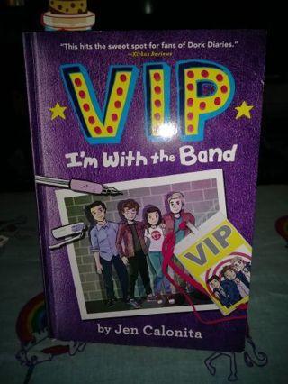 ★♥★♥★BRAND NEW V I P (I'M WITH THE BAND) BOOK+BONUS BOOKMARK★♥★♥★BY:JEN CALONITA