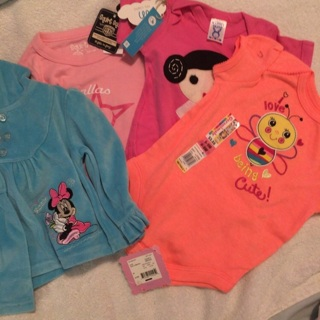 Baby clothes 6-9 months-4 pieces