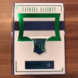 2016 Panini Playbook Ezekiel Elliot RC Auto Dual Patch Booklet Green /25