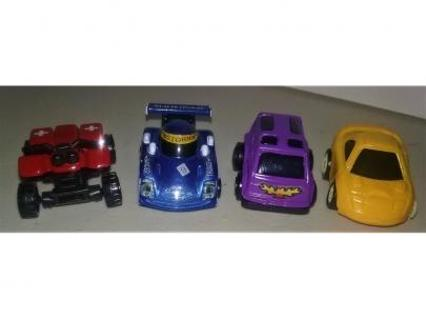 4 TOY CARS ,PLASTIC & METAL,WINNER GETS BONUS 3 NEW BEANIE BAG FISH,SEE 2ND PIC