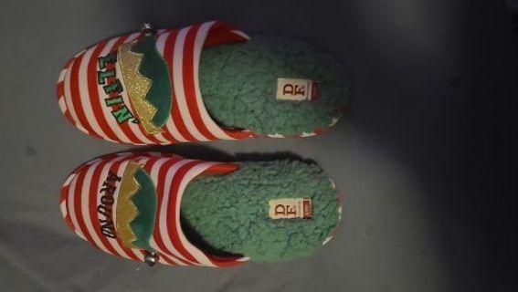 Womens or men's sandals