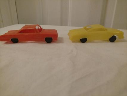 Vintage 1950s plastic cars (2) lot