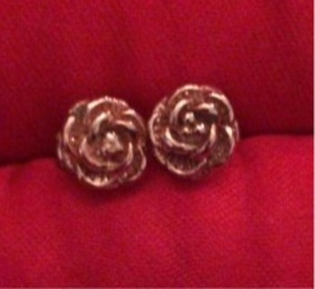 Gold plated rose earrings