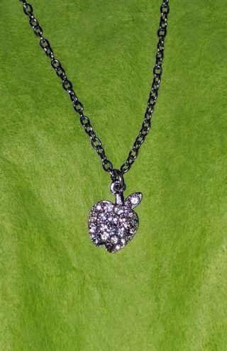 New rhinestone apple necklaces x5