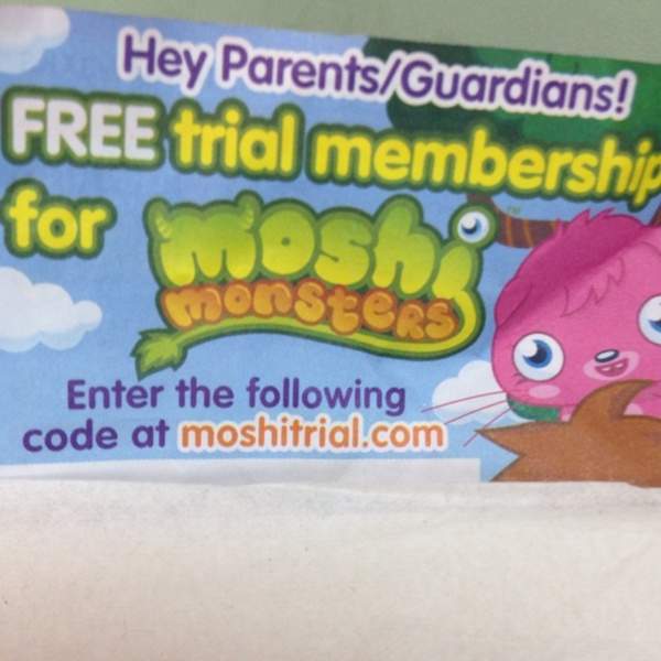 When you have a free Moshi Monsters membership you get many game features that you don't get when you are not a member. For example, you get to have eleven best friends on your friends list, you get super seeds and you get to become a super moshi trying to complete all the missions.