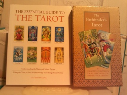 The essential guide to the tarot.