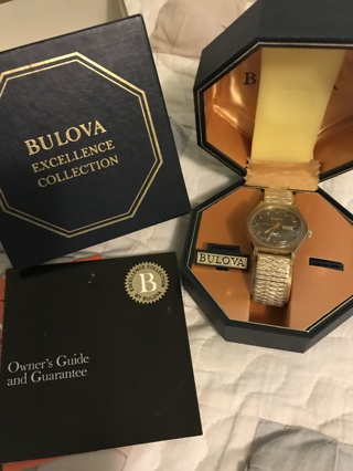 Estate Sale: Mens Bulova Excellence Collection Watch; Working
