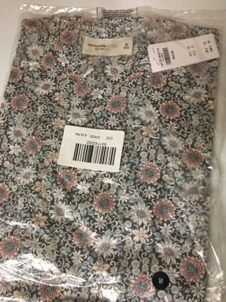 New Abercrombie & Fitch Floral Tee
