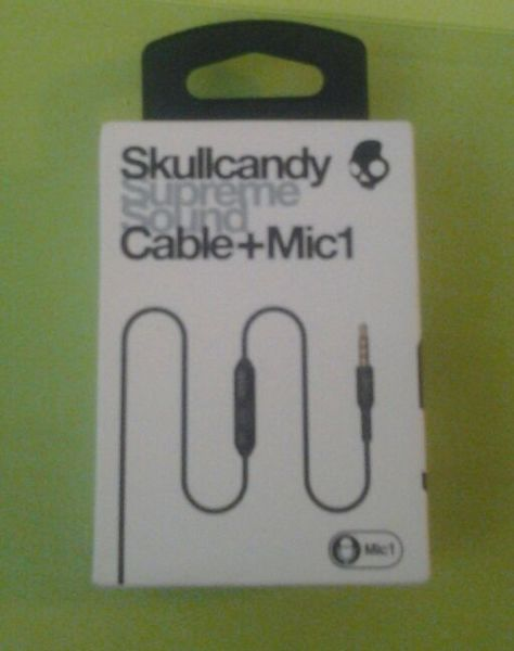 Free: NEW Skullcandy Supreme Sound Cable + Mic1 - Music Players