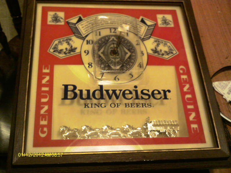 Free Vintage Square Budweiser Lighted Square Clock