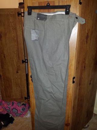 Men's Pants BNWT !