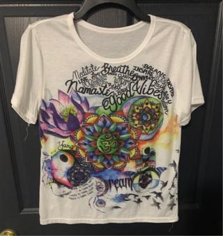 ❤️ graphic T-shirt lady size M