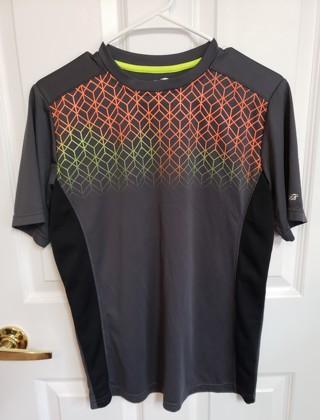 Boys Active Shirt size 14-16 AVIA