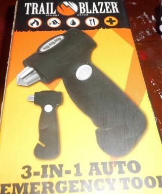 Trail Blazer - 3-in-1 auto tool - new
