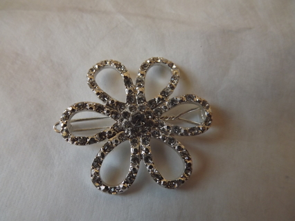 Blingy Flower jewel for your Hair!!! Gorgeous sparkling Hair piece