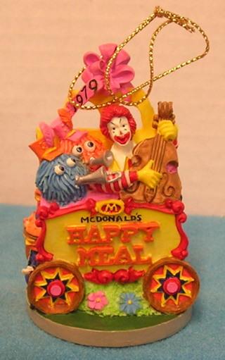 Mcdonalds Christmas Ornament.Free L122 1996 Mcdonalds Christmas Ornament 1979 First Happy Meal