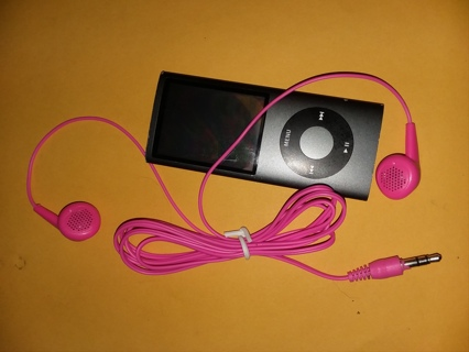 iPod & NEW Hot Pink VERSES EarBuds Music, Songs, 8GB Nice!