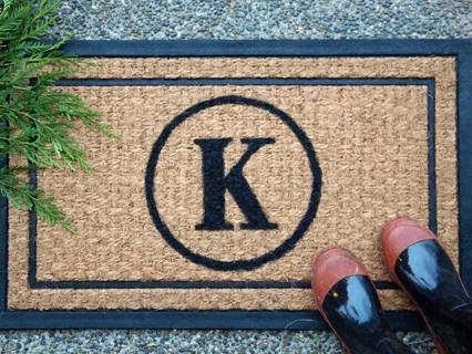 How To make DIY Monogrammed Doormat