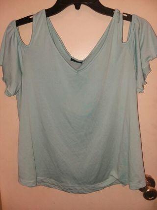 Women's size Large rue 21 off shoulder top / shirt