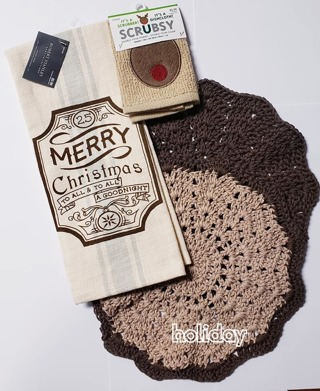 "Crochet 2 - 9"" Dish Cloth/Wash Cloths/1 Christmas Towel & 1 SRUBBY*LQQK*"