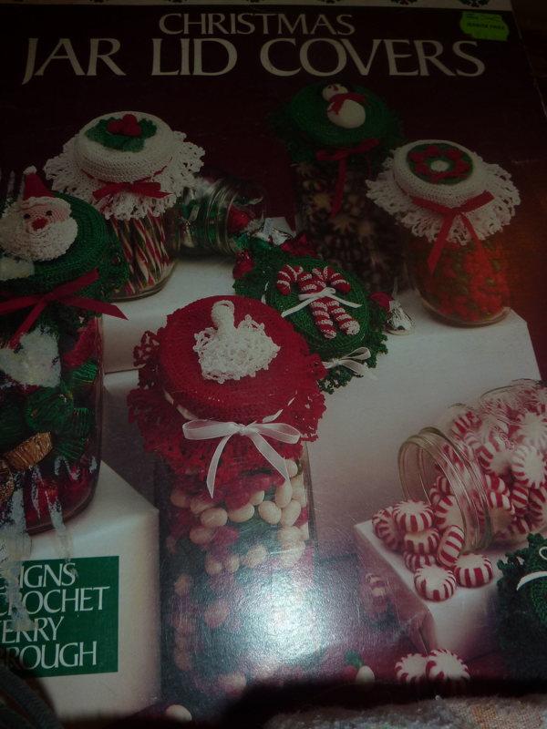 Free Christmas Jar Lid Covers Crochet Patterns Needlecraft