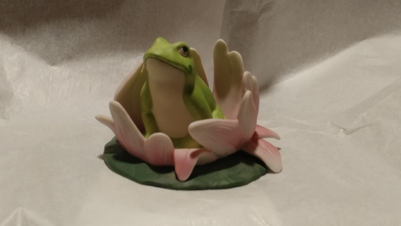 PORCELAIN FROG ON A LILY PAD
