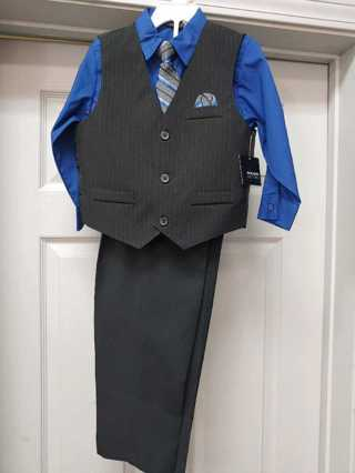 NWT! Holiday Edition--4pc Boys Dress Set--Size 4T  (Great For Christmas Pictures)