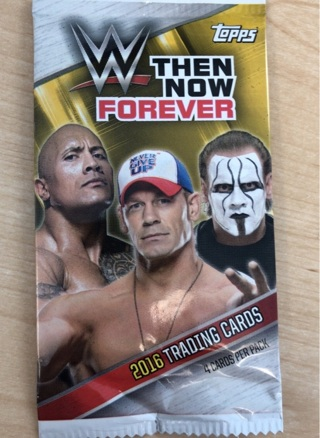 WWE TOPPS TRADING CARD PACK