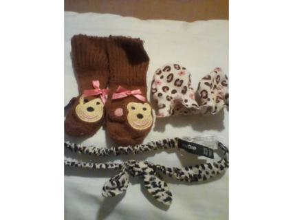 lot of babý items=mittens+pair of monkey socks+fabric baby headband{all store bought}