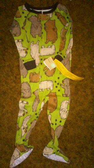 New Carter's 18 months Bear one piece pajama