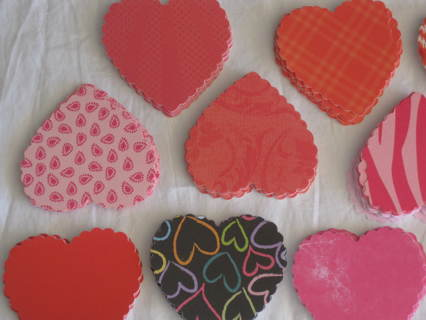 Mother's day Red in many shades, heart cut outs 15 pc