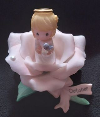 2001 PRECIOUS MOMENTS MONTLY BLOSSOMS ANGEL FIGURINE ***OCTOBER***